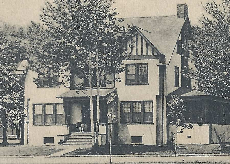 House at 130 Edgemont Road as it appeared in 1910