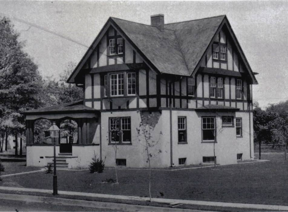 House at 7 Princeton Place in 1910