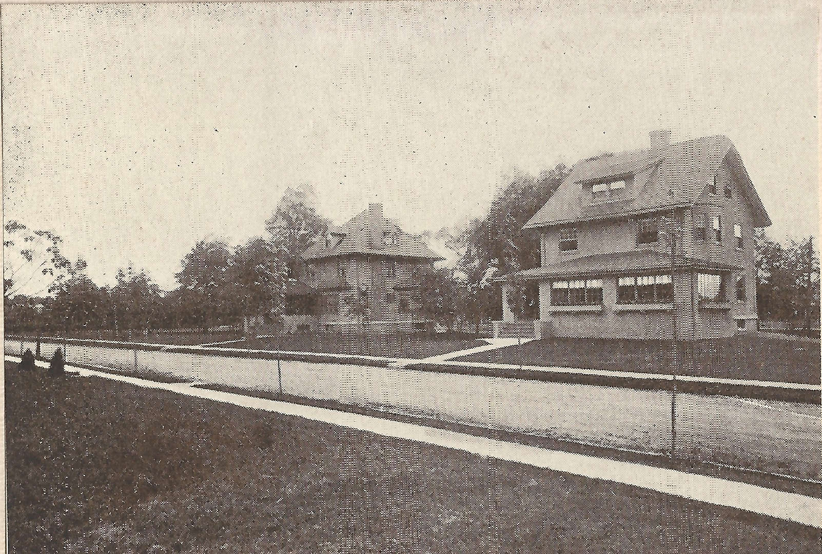 Houses at 115 and 111 Edgemont Road, circa 1908