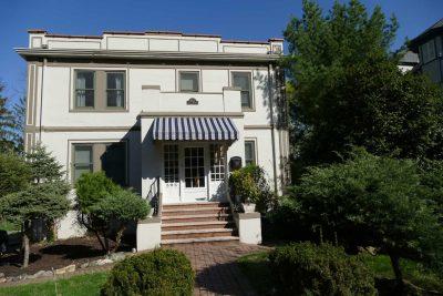 303 North Mountain Avenue – Edison House (1912)