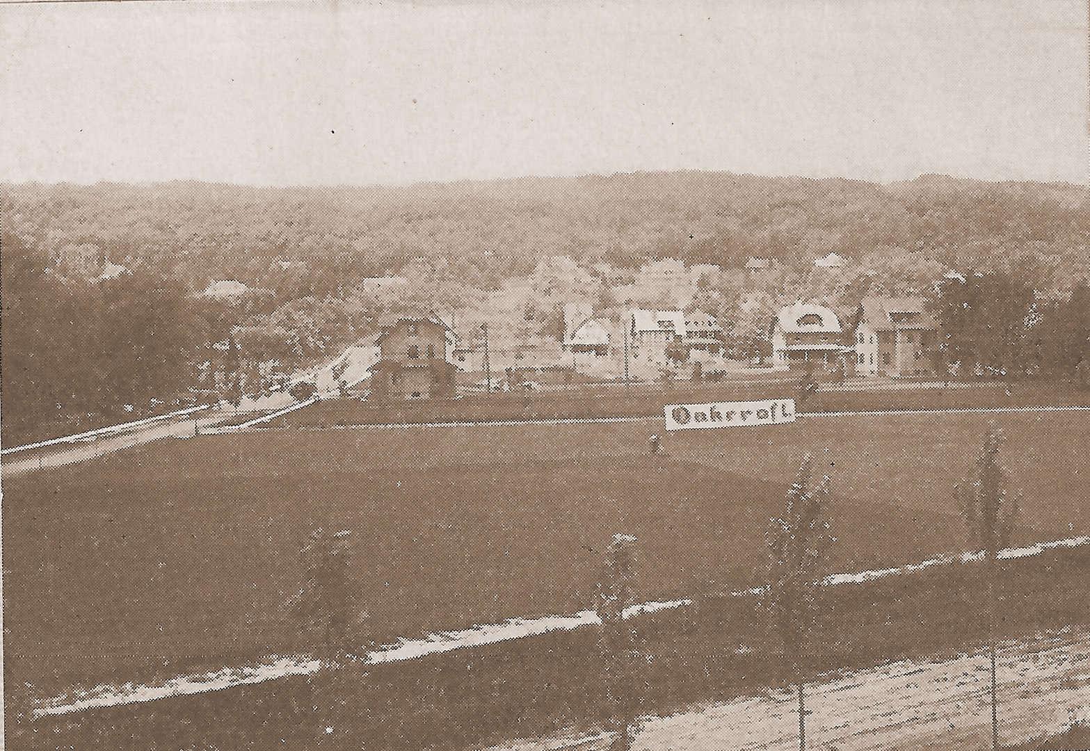 Photo from c. 1908 Oakcroft Sales Brochure
