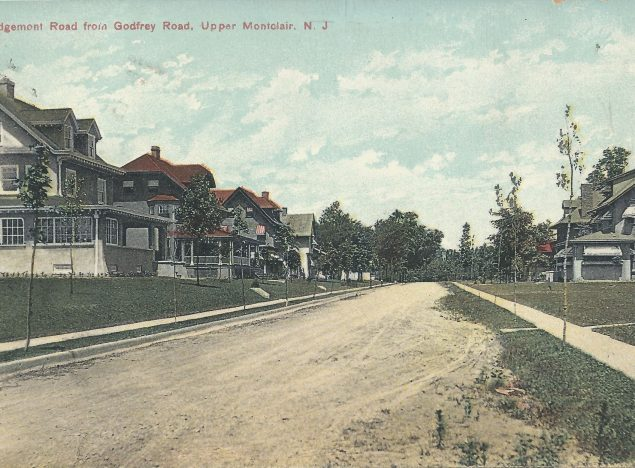 Postcard of Edgemont Road, looking north from Godfrey Road, c. 1912 / 1919